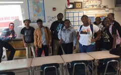 Open Mic Club gives students a place to create original music